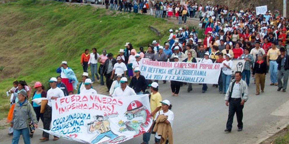 Il devient de plus en plus difficile pour les communautés locales de protester en toute liberté. © Coordinadora Nacional por la Defensa de la Vida y la Soberanía