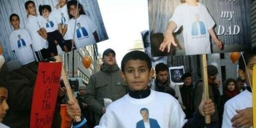 Démonstration à Londres des familles des résidents britaniques détenus à Guantánamo © Glenn Williams
