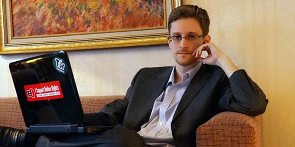 Edward Snowden, depuis ses révélations, est menacés d'emprisonnement s'il retournait dans son pays. © Barton Gellman/Getty Images