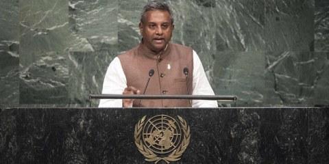Salil Shetty, secrétaire général d'Amnesty International. © UN Photo/Mark Garten