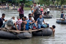 Donald Trump doit renoncer à son projet cruel d'empêcher les migrants de demander l'asile