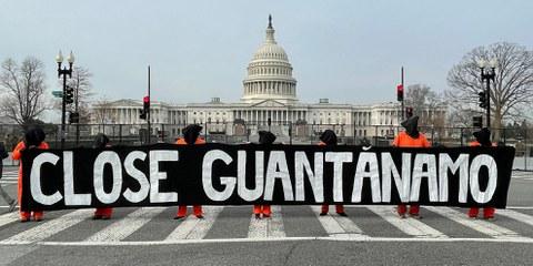 Manifestation devant la Chambre des représentants à Washington D.C. pour marquer le 19e anniversaire de Guantánamo, 11 janvier 2021 © Amnesty International
