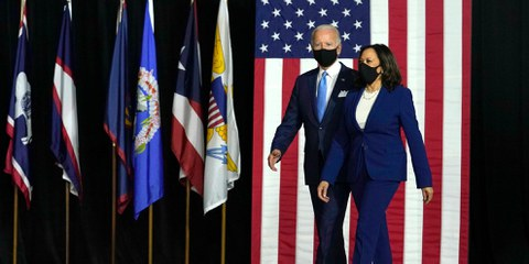 Joe Biden et Kamala Harris lors d'une apparition conjointe à New York, le 12 novembre 2020. © Vasilis Asvestas/shutterstock.com
