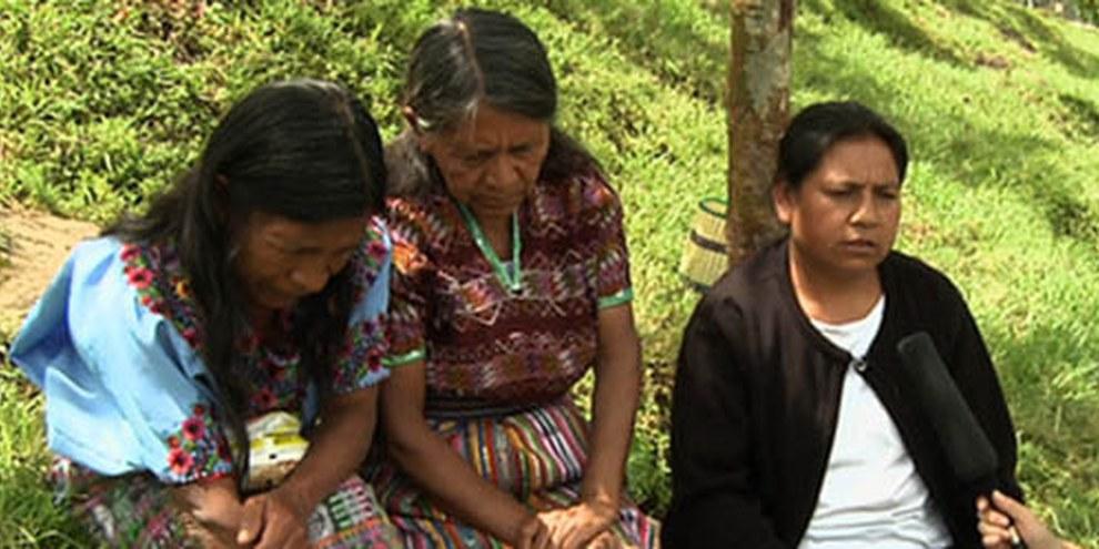 Les victimes attendent justice depuis des décénies. © Armadillo Productions