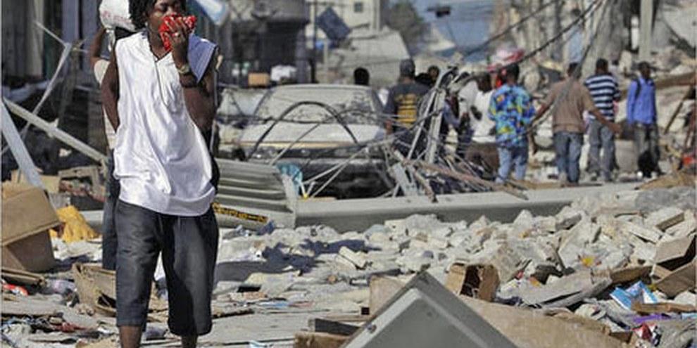 Amnesty International demande aux organismes des Nations unies d'assurer la protection des plus vulnérables en Haïti, et notamment des enfants non accompagnés. © APGraphicsBank