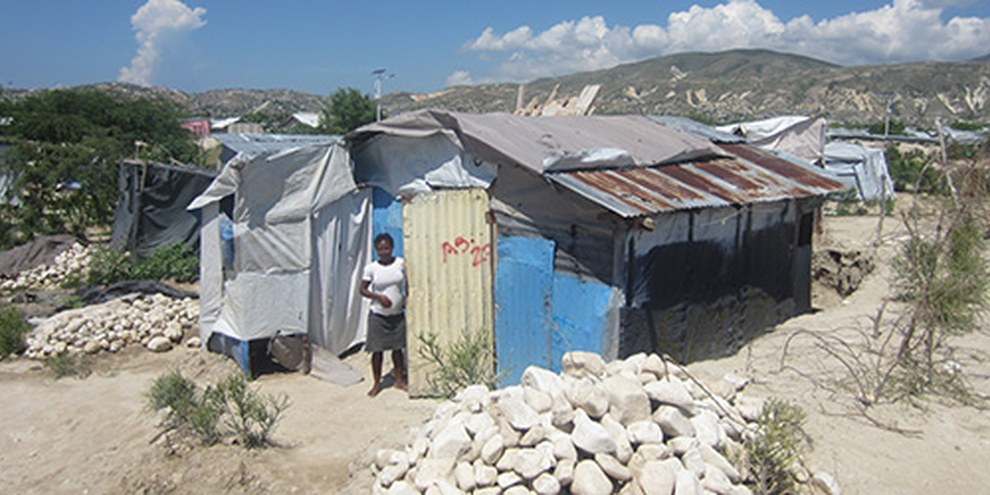 5 ans après le tremblement de terre, les autorités haïtiennes doivent faire du logement leur priorité. © Amnesty International