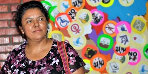 Berta  Cáceres était victime depuis des années d'une campagne soutenue de harcèlement et d'intimidation visant à l'empêcher de défendre les droits de communautés autochtones © COPINH