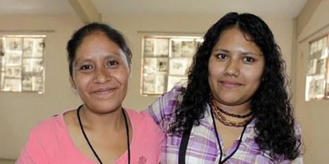 Inés Fernández Ortega et Valentina Rosendo. © Centro de Derechos Humanos de la Montaña de Tlachinollan
