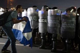 Le gouvernement doit mettre fin à la répression après trois mois de massacre insensé