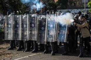 L'État durcit la répression contre les manifestations