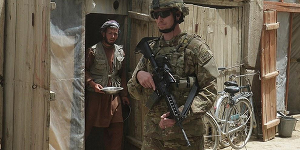 Les attaques contre des civils s'intensifient au fur et à mesure du retrait des forces armées internationales postées en Afghanistan. © AFP/Getty Images
