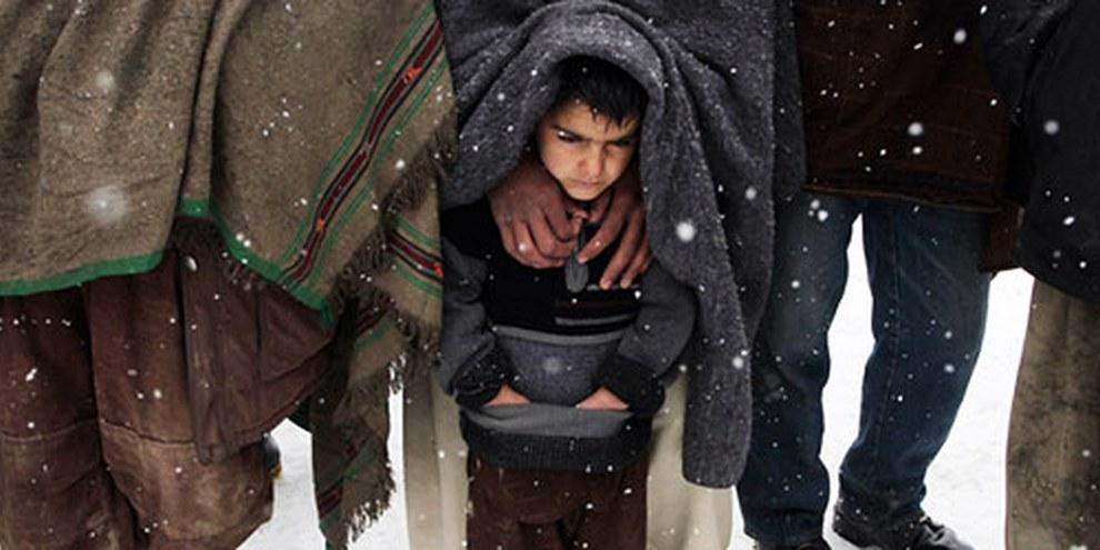 Les personnes déplacées, à Kabul notamment, vivent dans des conditions extrêmement difficiles. © AP Photo/Musadeq Sadeq