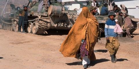 Les Talibans ont donné l'assaut sur Kunduz le 28 septembre 2015, ils ont pillé des locaux et subtilisé des équipements, notamment des véhicules d'organisations humanitaires. | © Steve Dupont