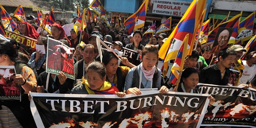 Au moins 60 manifestants pacifiques ont été blessés, pour la deuxième fois en deux mois. © Gerardo Angiulli / Demotix