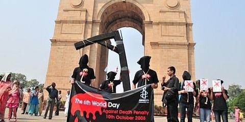 Action de la section indienne d'Amnesty International contre la peine de mort, Delhi, le 10 octobre 2008. © AI