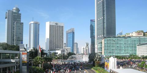 Une série d'explosions et de fusillades à Djakarta a fait au moins sept morts, dont cinq assaillants présumés. © Wikicommons
