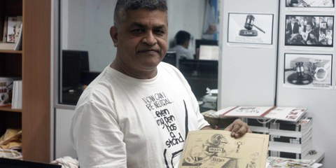 Le caricaturiste Zunar. © Amnesty International