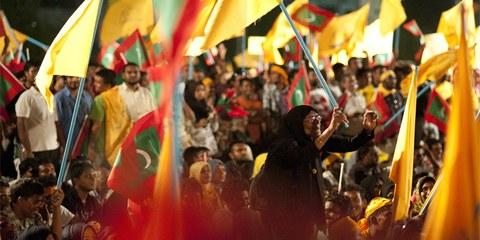 Une manifestation à Male, la capitale des Maldives, qui appelle à de nouvelles élections © Mohamed Muha/Demotix