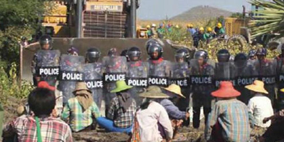 L'extraction de cuivre au Myanmar a entraîné de nombreuses expulsions forcées et une grave pollution, détruisant ainsi les moyens de subsistance de milliers de personnes. © Amnesty International