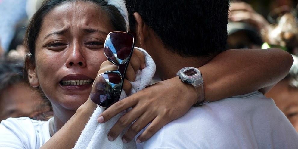 Environ 3000 personnes ont été tuées par la police et des vigiles inconnus aux Philippines depuis que le président Duterte a accédé au pouvoir le 30 juin 2016. © NOEL CELIS/AFP/Getty Images