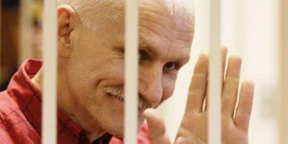 Les prisonniers d'opinion, comme Ales Bialiatski, sont nombreux en Bélarus. © Vladimir Gridin pour Radio Svaboda