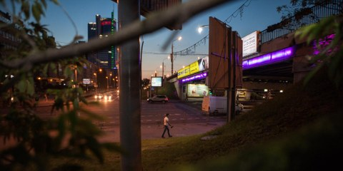 En Biélorussie, les autorités ont mis en place un système de surveillance qui va à l'encontre des normes internationales. Minsk, 20 juin 2016. © Max Sarychau