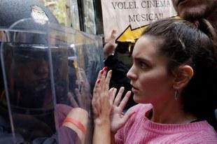 Amnesty International dénonce un recours excessif à la force