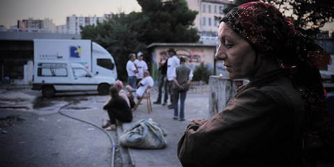 Les autorités utilisent d'importantes ressources pour déloger les Roms. Les enquêtes sur les violences dont ont fait l'objet les membres de minorités sont au point mort. © Raphaël Bianchi