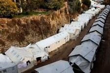 Reloger les réfugiés bloqués sur les îles grecques