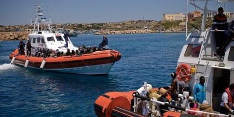 L'Italie et la Libye ont conclu un accord sur l'interception et le refoulement des migrants, en violation des normes relatives aux droits humains. © UNHCR/F. Noy