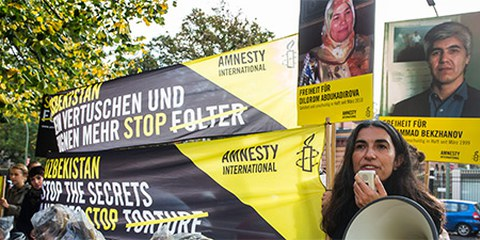 Action pour Muhammad Bekzhanov à Berlin © Amnesty International, Henning Schacht