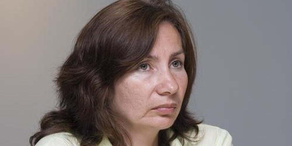 Natalia Estemirova lors d'une réunion au secrétariat international d'Amnesty International à Londres en 2008. © AI