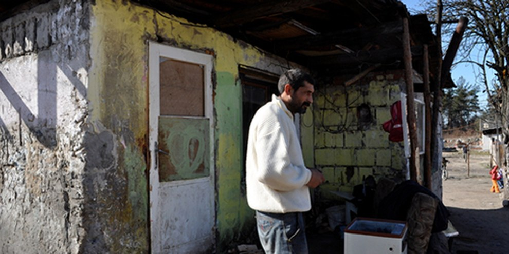 L'opération policière a fait une trentaine de blessés et des dégats aux propriétés des Roms. © AI