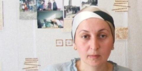 La défenseuse des droits humains Zarema Sadulayeva a été assassinée en août 2009 en Tchétchénie. Plusieurs autres défenseurs ont été victimes d'assassinats ou d'enlèvements ces dernières années. © AI