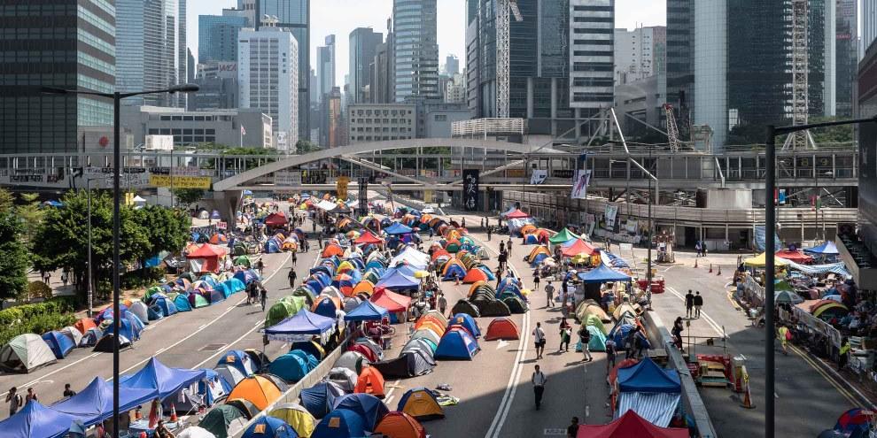 En 2014, le gouvernement de Beijing a réprimé avec la plus grande dureté les mouvements de protestation pacifique des étudiants qui réclamaient, entre autres, plus de démocratie. © Pasu Au Yeung / wikicommons
