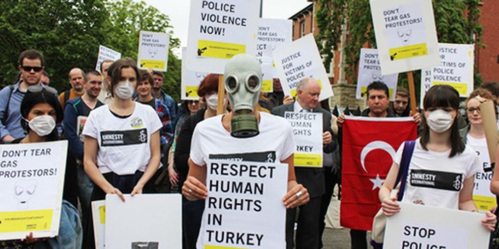Dublin: en juin 2013, AI protestait contre les violences policières © Graham Seely