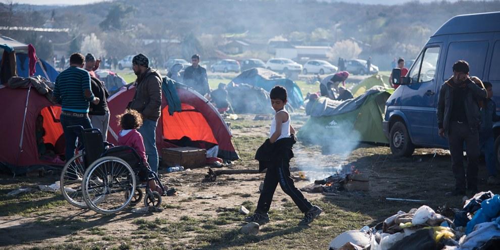 Dans des départements limitrophes de la Syrie, les autorités turques rassemblent et expulsent presque chaque jour depuis la mi-janvier une centaine d'enfants, de femmes et d'hommes syriens vers la Syrie. © Fotis Filippou