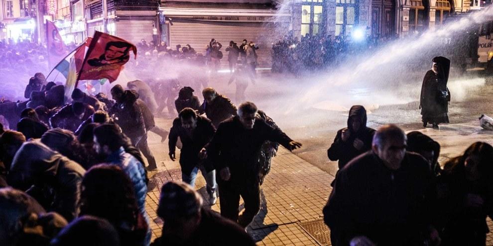Manifestation contre le gouvernement, Cizre, février 2016. © Ozan Kose/AFP/Getty Images