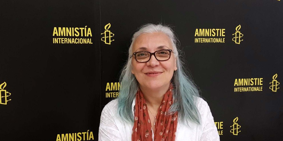 Idil Eser, directrice d'Amnesty International Turquie, a été arrêtée le 5 juillet, moins d'un mois après l'arrestation du président d'Amnesty International Turquie, Taner Kiliç. © Amnesty International