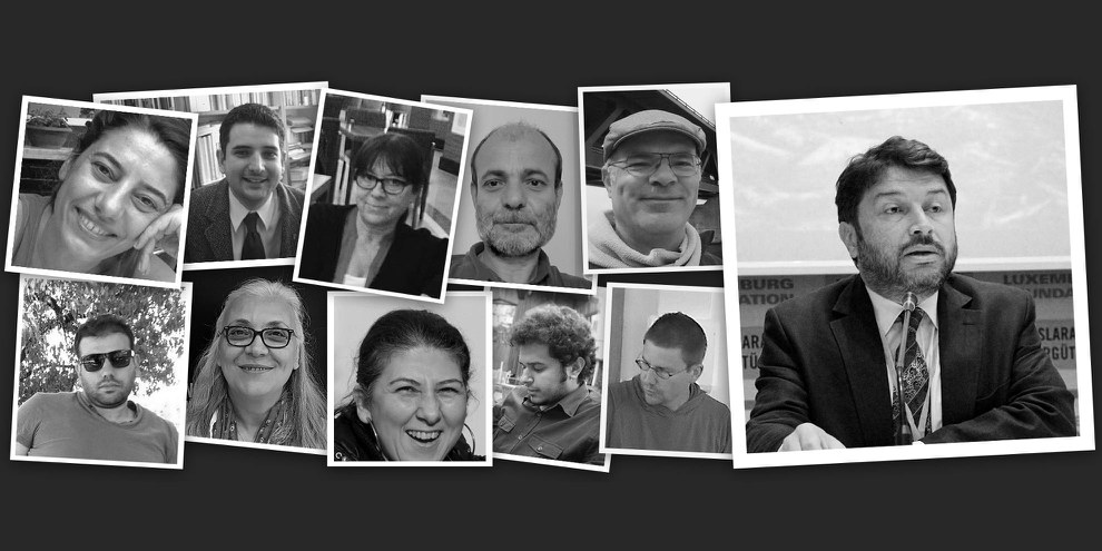Taner Kiliç et les neuf défenseur·e·s des droits humains arrêté·e·s en même temps qu'Idil Eser, directrice d'Amnesty Turquie. © Amnesty International