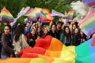Des violences «consternantes» contre les étudiants qui organisent la marche des fiertés