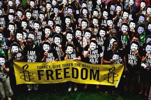 Des défenseurs des droits humains encourent jusqu'à 15 ans de prison