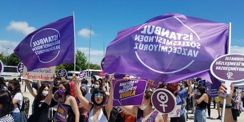Le retrait de la Convention d'Istanbul relance le combat pour les droits des femmes