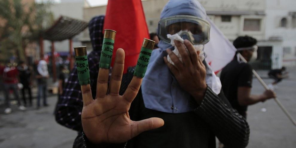 Les forces de sécurité continuent à recourir à la torture et à d'autres formes de mauvais traitements. © AP Photo/Hasan Jamal