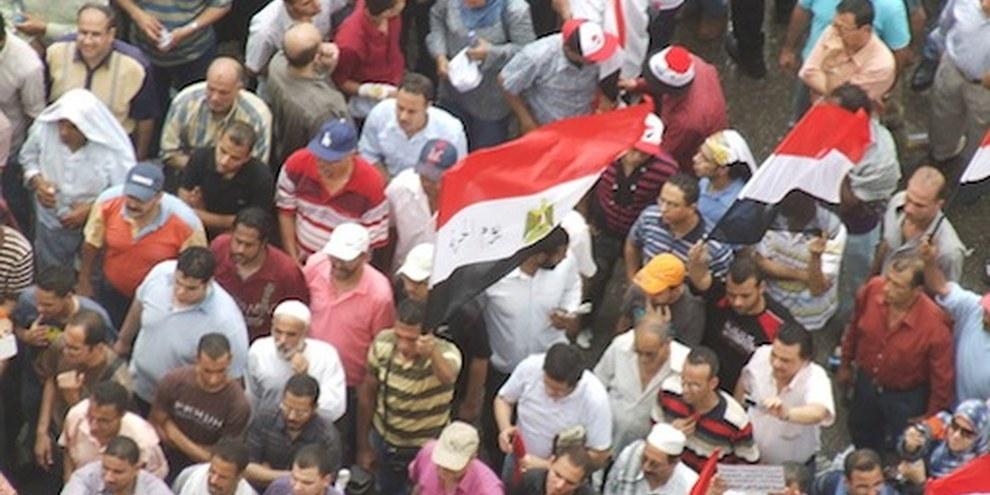 Les attaques sur des manifestants au Caire ont fait un mort et de nombreux blessés. © AI