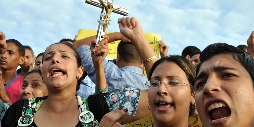 Des coptes manifestent contre la violence à laquelle ils sont exposés de façon répétée. © Demotix