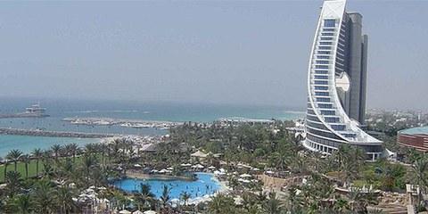 Malgré l'essor économique, le bilan des Emirats en matière de droits humains laisse à désirer © Wikimedia