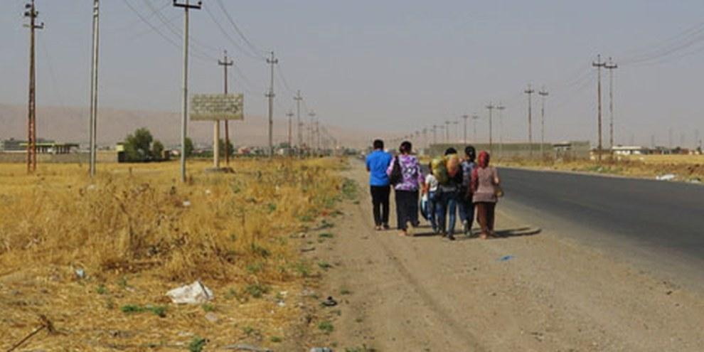 En Irak, de nombreuses familles tentent de fuir les conflits. © AI