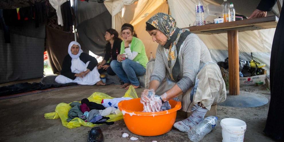 Camp Nea Kavala, situé à la frontière Grèce-Macédoine. Le camp est tenu par l'armée. © Amnesty International (Photo: Richard Burton)