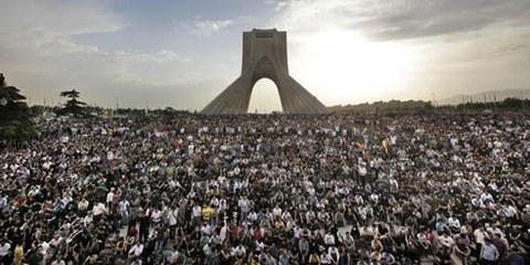 Manifestants à Téhéran, juin 2009 © AP/PA Photo/Ben Curtis